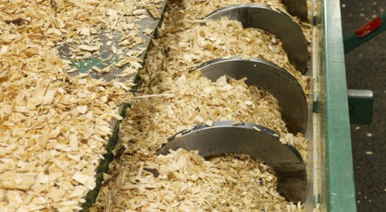 Wood chips, a waste product from the for-estry industry is fed into the SEKAB demo plant to be new products.