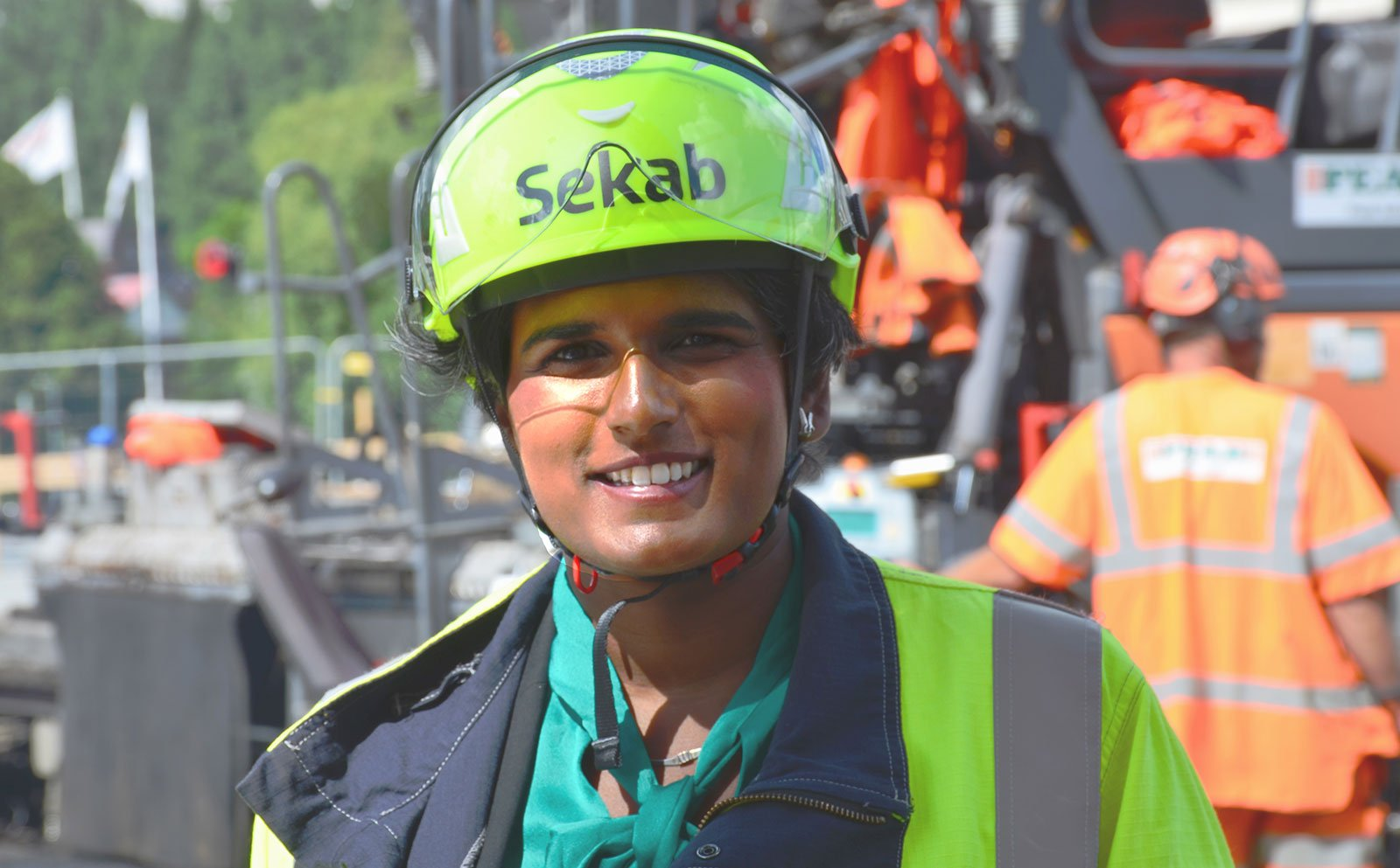 Monica Normark Sekab vid Peab asfaltläggning